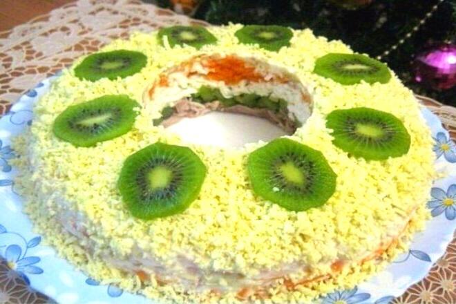 Sloenyj salat malahitovyj braslet recept