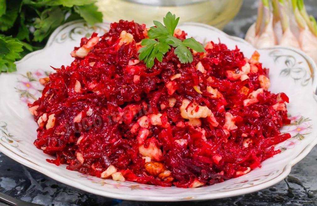 vkusnyj salat iz svekly recept
